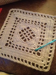 "Ravelry: 12"" Windowpane Square. Easy and Free crochet pattern."