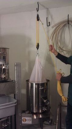Instructions for using The Brew Bag with the voile material brew in a bag method of brewing beer.