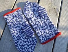 Kallis-fragment Knitting Stitches, Hand Knitting, Knitting Patterns, Knit Mittens, Knitted Gloves, Knitting For Kids, Knitting Projects, Norwegian Knitting, Textiles