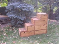 make a copy cat from pallets -- doubles as steps up to loft bed...