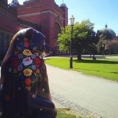 Repost from @purplefairynat We absolutely love this Canal art covered bear aptly called Rosie - part of @thebigsleuth art event. #thebigsleuth #bearhunt #charity #hellobrum #universityofbirmingham #sunbear #birmingham #bluesky #astonwebb #canalart #flower #igersbrum #visitbirmingham #thebigsleuth2017 #bears #Birminghamchildrenshospital #uobbigsleuth #Regram via @BbEYy0igTms Canal Boat Art, Childrens Hospital, Vera Bradley Backpack, Birmingham, Charity, Bears, Hand Painted, Flower, Children's Clinic