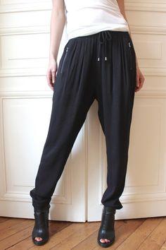 Pantalon PANONG - 100% viscose et bandes de cuir http://www.nue1904.com/crbst_218.html