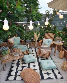 Backyard Patio Designs, Patio Ideas, Cozy Backyard, Garden Ideas, Diy Patio, Wood Patio, Oasis Backyard, Patio Chairs, Room Colors