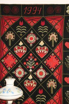 Tuulan kasityot 063 (Medium) Swedish Embroidery, Wool Embroidery, Learn Embroidery, Wool Applique, Applique Quilts, Cross Stitch Embroidery, Embroidery Patterns, Machine Embroidery, Lace Making