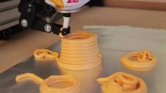 The Leaning Tower of Cheeza Easy Cheese, Cool Tech, Funny Pranks, Funny People, Funny Kids, Funny Posts, 3d Printer, Funny Animals, Funny Pictures