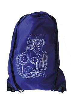 Sac à dos violet, signé Solange Bertrand. Prix: 9€ http://www.fondationsolangebertrand.fr/objets/