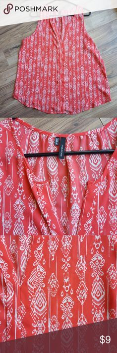 Coral Print Ikat Print Maurices Top This is a very nice EUC Coral Print Ikat Top from Maurices size XL. Maurices Tops Tank Tops