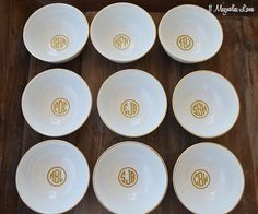 Easy DIY tutorial using inexpensive ($1.99!) dip bowls from Target:  use a gold paint marker and a round gold vinyl monogram to make jewelry bowls.  Great gift idea!