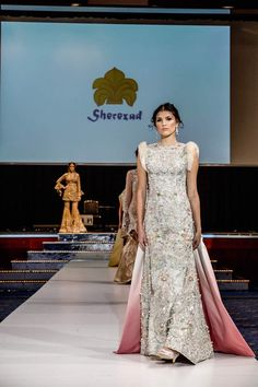 http://www.fashioncentral.pk/wp-content/uploads/2017/03/ELAN-Pakistan-Day-Collection-BERLIN-2017-5.jpg