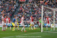 AMSTERDAM , voetbal , Eredivisie , seizoen 2013-2014 , 09-03-2014 , Ajax - SC Cambuur , de 1-1 van SC Cambuur speler Martijn Barto.