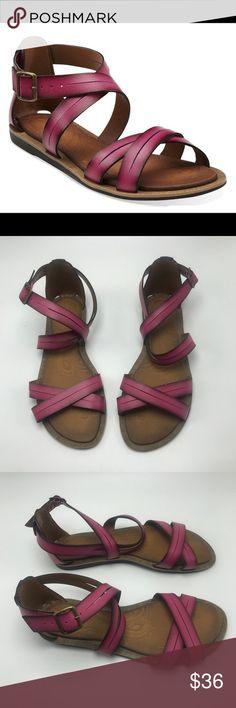 251b688b2255a Clark s Billie Jazz Fuchsia Gladiator Sandals 8.5 Women Clarks Billie Jazz  Fuschia Pink Synthetic Strappy Gladiator