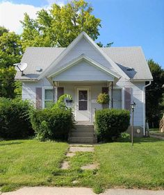 721 St Lawrence Ave  Beloit , WI  53511  - $39,900  #BeloitWI #BeloitWIRealEstate Click for more pics