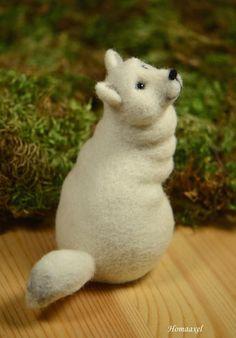 Needle felted Arctic Fox by Krupennikova Oxana. Войлочная игрушка Песец, Крупенникова Оксана.