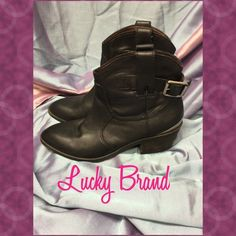 """Lucky Brand Jordan Booties Black Leather Lucky Brand Jordan Booties with Metal Signature Plating on Back & Adjustable Buckles for Tightening or Loosening!! Leather Upper & Sole. Gorgeous Boots with Minimal Signs Wear!  Wear is only seen on the bottom of the soles & inside heel! GREAT CONDITION! 10"""" Circumference, 5"""" Shaft, 2"""" Heel (Size 5-1/2M) Lucky Brand Shoes Ankle Boots & Booties"""