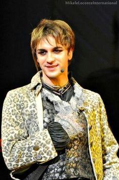 #Mikel #MozartOperaRock