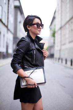How to: create a personal look Sara Che wearing Celine sunglasses and Balenciaga Canvas bag http://www.sarache.se/opposites-attract/