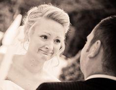 Mein unvergessliches Erlebnis, welches mir noch heute Gänsehaut beschert - das Eheversprechen meiner Frau, das sie von der ersten Zeile an geschluchzt hat, so sehr haben sie die Emotionen überwältigt. Mein Engel ich liebe dich!