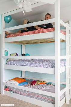 How To Build A DIY Triple Bunk Bed - Plans and Tutorial! Strength test for the DIY triple bunk beds Bunk Beds Small Room, Girls Bunk Beds, Loft Bunk Beds, Modern Bunk Beds, Bunk Beds With Stairs, Bunk Rooms, Kid Beds, Bunk Bed Ideas For Small Rooms, Diy Bunkbeds