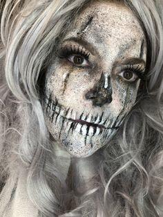 Horror Makeup, Halloween Face Makeup, Make Up, Scary, Makeup, Im Scared, Beauty Makeup, Scary Makeup, Macabre