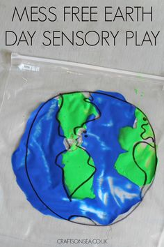 This pretty Earth Day Sensory Play activity is perfect for younger kids and even better it's totally mess free! Easy to set up too.