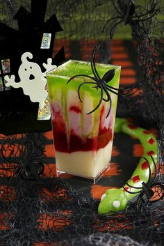 Green Goblin In A Cup    In a Pipeables dessert cup, layer Lemon and Raspberry Pipeables Mousse and top with green sprinkles.    Make it a Mad Green Goblin by layering a green, melon flavored liquor for a ghoulishly guilty pleasure!