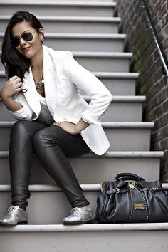 Elizabeth & James White Carnaby Blazer, Tres Chis Styling Necklace, Ln A Deep V Tee Shirt, Helmut Lang Skinny Leather Pants, Repetto Silver Oxford Shoes