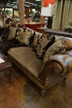 Available at Carter's Furniture, Midland, Texas  432-682-2843 http://www.cartersfurnituremidland.com/
