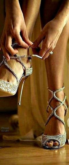 5 Most STYLISH HIGH HEELS FOR 2015