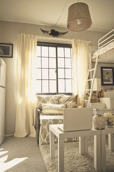 Super Small With Style To Spare 8 Great Under 400 Square Foot Homes Studiostudio Aptrenters