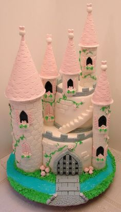cake made to welcome our summer visitor.Castle cake made to welcome our summer visitor. Bolo Rapunzel, Rapunzel Birthday Cake, Castle Birthday Cakes, 4th Birthday Cakes, Princess Birthday, Princess Castle Cakes, Disney Castle Cake, Cakes To Make, How To Make Cake