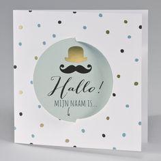 Hippe geboortekaart met speciaal 3D effect door de draaiende bol. De confetti en bolhoed in goudfolie dragen bij tot de wauw-factor van deze hippe kaart. - 507.047