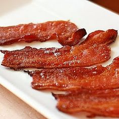 The best way to cook bacon is the easiest way! I found it's better to NOT pre-heat  the oven.  I lay foil on the baking sheet, place bacon on top & then put on center rack of cold oven, set to 400º & bake for about 17-20 min or until golden brown. That's it! Place bacon on paper towel-lined plate to absorb grease.