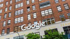 Sadece basit bir arama motoruyla internet dünyasına giriş yapan ve sonrasında adeta bir internet devine dönüşen Google, bugün itibariyle 18 yaşına girdi!