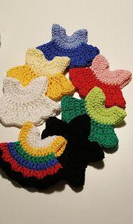 På stoffer-bløde stoffer: Sangkuffert 1. Se min kjole, opskrift Crochet Stitch, Thread Crochet, Crochet Baby, Knit Crochet, Crochet For Beginners Blanket, Harry Potter Gifts, Finger Puppets, Pet Rocks, New Moms