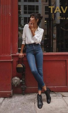 Street Style Looks to Copy Now - Street style fashion / fashion week Source by - Fashion Week, Look Fashion, Autumn Fashion, Fashion Beauty, Feminine Fashion, Fashion 2018, Fashion Spring, Summer Fashion Modest, Runway Fashion