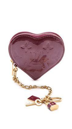 Louis Vuitton Vernis Heart Coin Purse http://rstyle.me/n/vrnkmnyg6