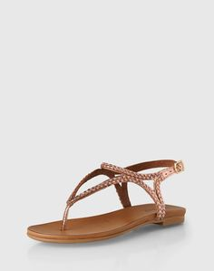 Sandals: Inuovo. Click on the picture to get the product <3