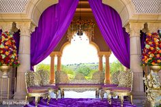 Mandap http://maharaniweddings.com/gallery/photo/22800