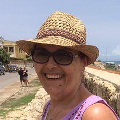 """Professora da PUC-SP diz que pobres são """"ingratos"""" e """"sem caráter"""" por terem votado em Dória"""