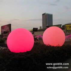 wedding decorative ball with rgb color changing & led wedding ball http://goldlik.com/product-ball-gkb-080rt.html