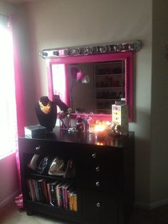 My Makeup Vanity Set-Up With DIY Lighted Mirror The Shades Of U Makeup @Bekah Carroll fields ...