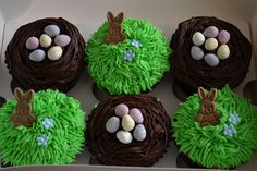 cute cupcakes - ooh and alllll that chocolate! Easter Cupcakes, Cute Cupcakes, Spring Cupcakes, Bunny Cupcakes, Easter Cake, Soft Sugar Cookie Recipe, Soft Sugar Cookies, Hoppy Easter, Easter Eggs