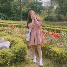 Follow me Mode Ulzzang, Ulzzang Korean Girl, Ulzzang Girl Fashion, Uzzlang Girl, Cute Korean, Aesthetic Girl, Korean Outfits, Asian Style, Photography Poses