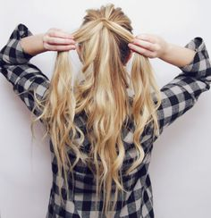 Here is a little hair tutorial I made for you guys! I lovethishairstyle &it looks impossible but it'sactually super simple! xoxo Luxy Hair Extensions use this coupon code to get $10 o…