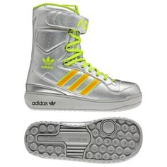 Adidas Jeremy Scott Snow Boots. Wonder if you can also walk on the moon in these?
