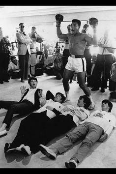the beatles Paul McCartney john lennon ringo starr george harrison olympics Beatles Songs, Les Beatles, Beatles Photos, Beatles Funny, Beatles Poster, George Harrison, Paul Mccartney, John Lennon, Liverpool
