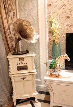 Elegant classical musical instruments