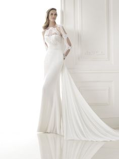 Pronovias Biombo wedding dress from the 2015 collection
