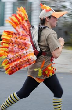 awesome diy turkey costume inspiration for thanksgiving race