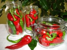 Romanian Food, Pickles, Diy And Crafts, Food And Drink, Stuffed Peppers, Vegan, Vegetables, Recipes, Sauces